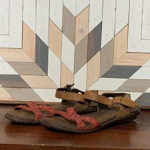 Born Red/Tan Leather Sandals